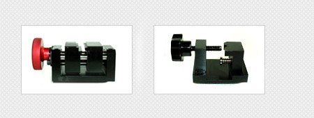 Various kinds of replaceable clamps are available for easy key cutting.