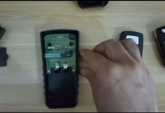 xhorse-remote-tester-434mhz-2